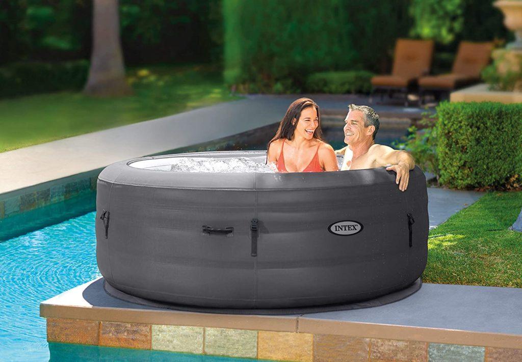Wellness Genuss im Whirlpool von Intex